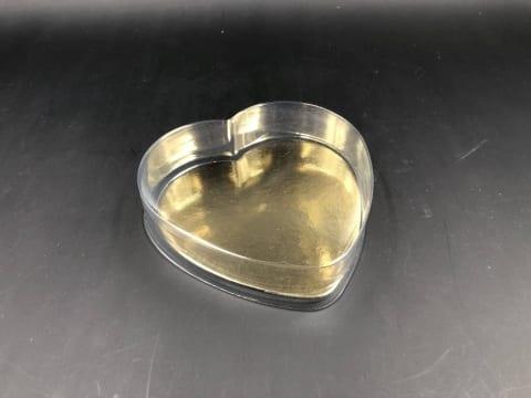 קופסת לב PVC קטנה +תחתית זהב 110/110/30