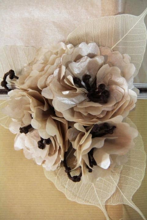 פרח נייר משי
